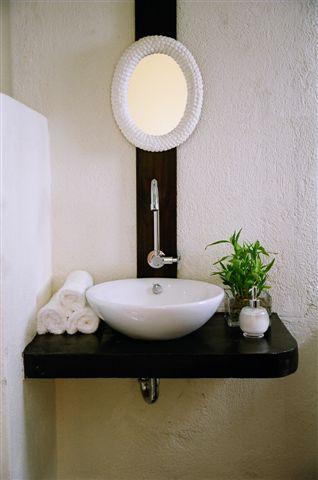 studio-bathroom-boracay
