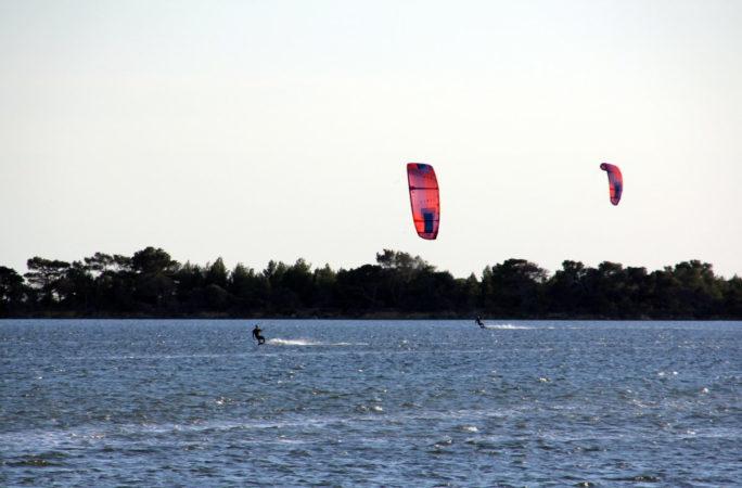 stage de kitesurf lo stagnone