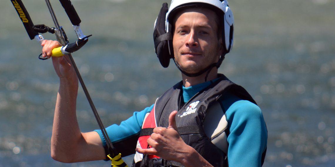 Un cours de kitesurf acheté, la deuxième personne à moitié prix